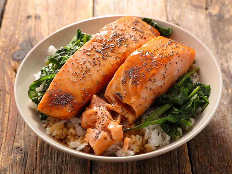 Buckwheat, Kale + Salmon Pot